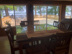 Parker's Outfitters Lakeside Lodge
